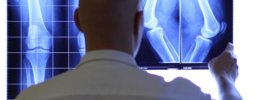 Dr. Pramhas - Knie und Huftgelenk Spezialist